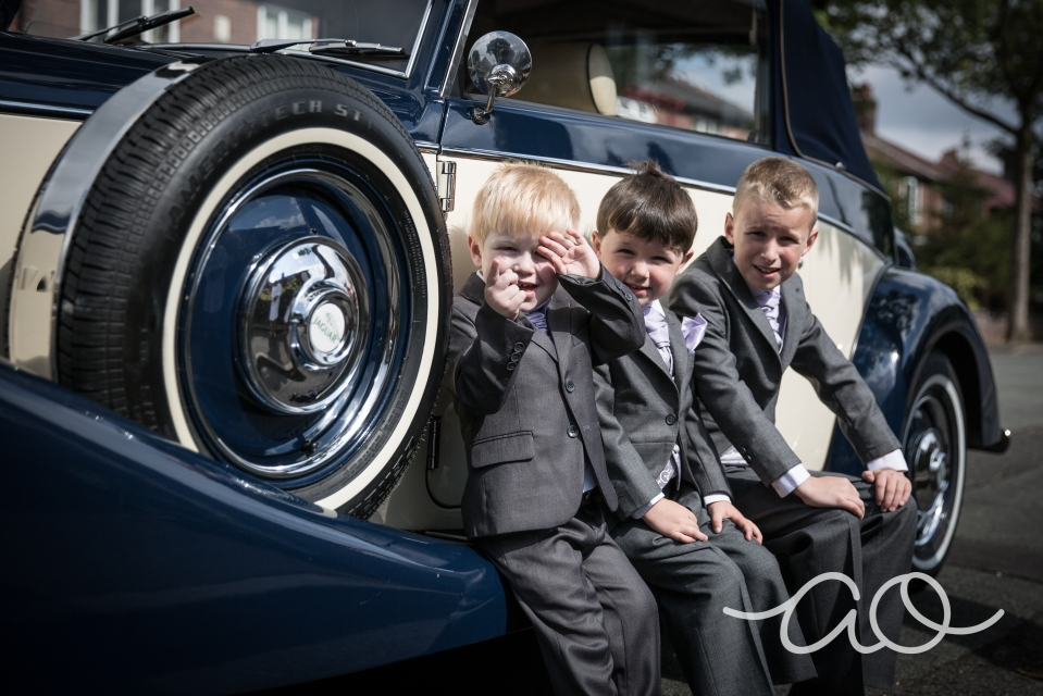 wedding photographer stockport